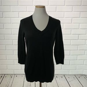 Loft Black Long Sleeve V-Neck Tee - Size Large